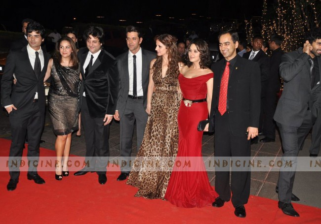 Hrithik Roshan with Preity Zinta and Fardeen Khan at Karan Johar's birthday bash