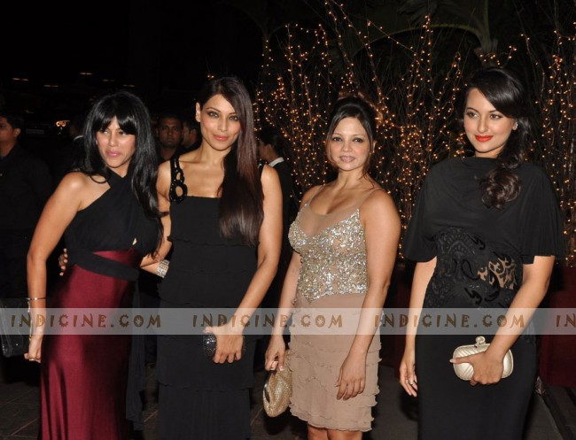 Bipasha Basu with Sonakshi Sinha at Karan Johar's 40th birthday party