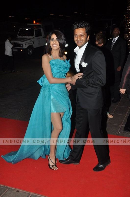 Genelia D'Souza with husband Ritesh Deshmukh at Karan Johar's 40th birthday party
