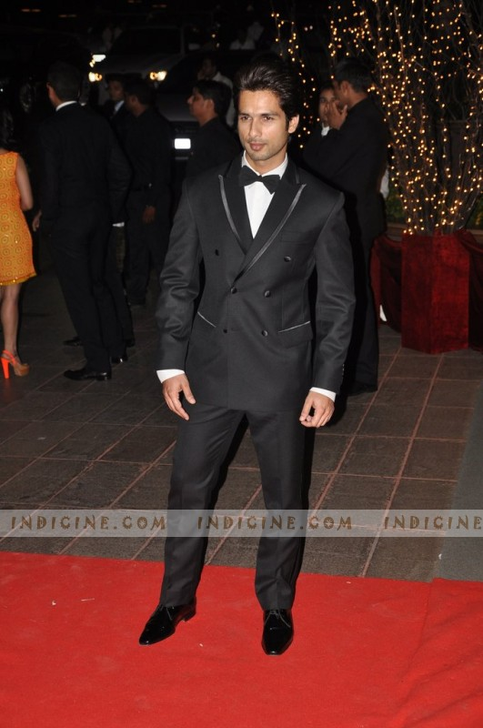 Shahid Kapoor at Karan Johar's birthday bash