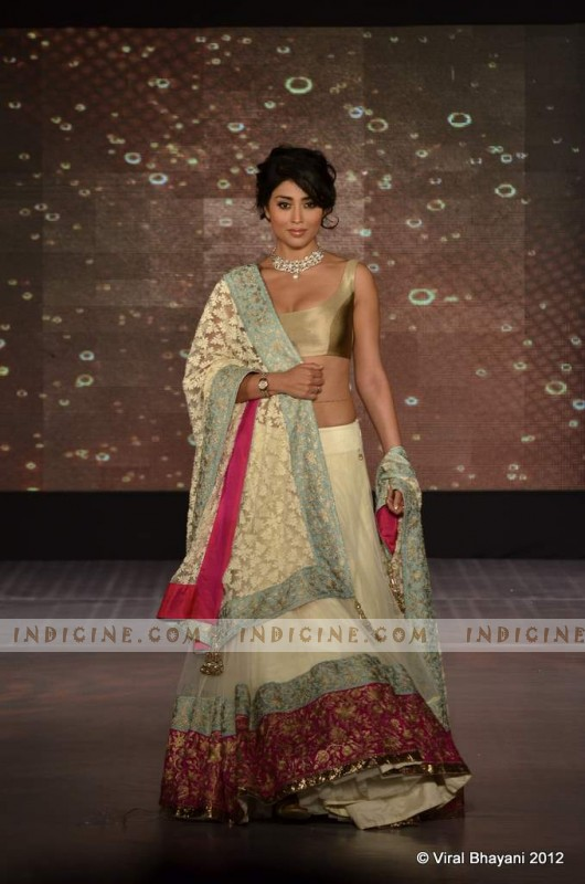 Shriya Saran walks for Manish Malhotra's Lilavati Girl Child show