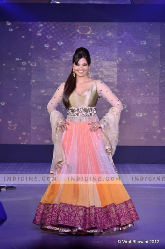 Deepshika walks for Manish Malhotra's Lilavati Girl Child show