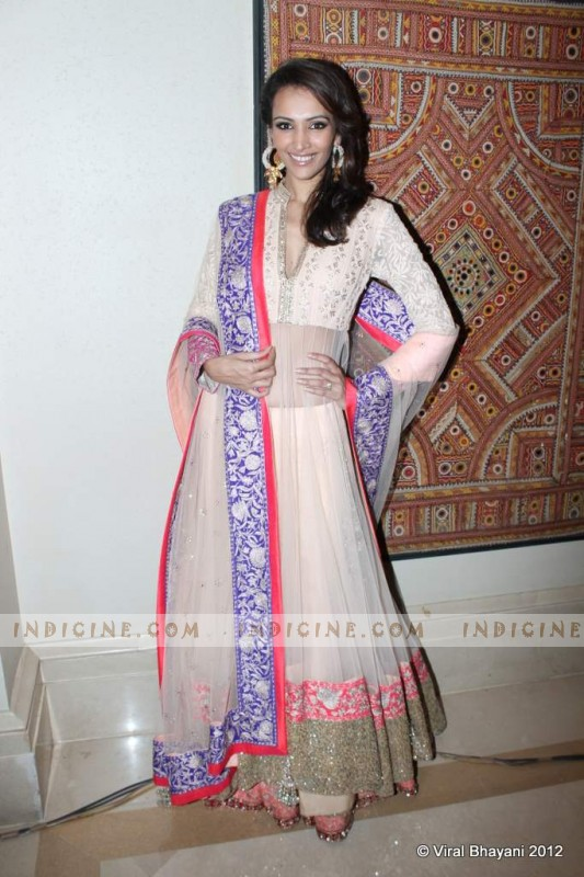 Dipannita Sharma at Manish Malhotra's Lilavati Girl Child show