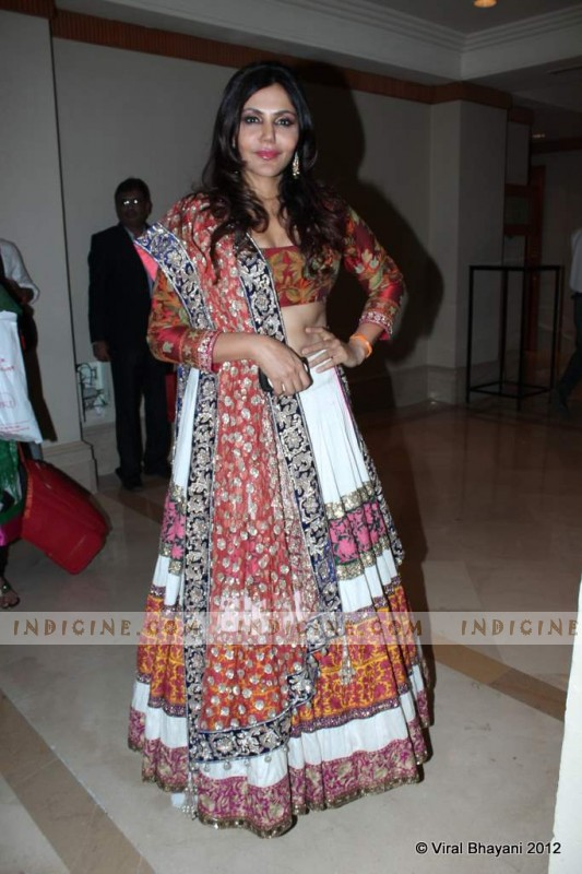 Nisha Jamwal walk for Manish Malhotra's Lilavati Girl Child show