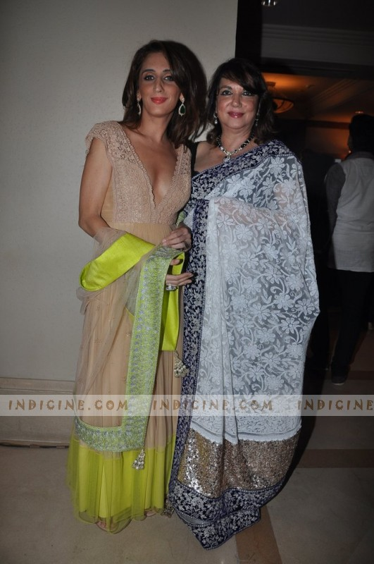 Farah Khan Ali with her mother Zarine Khan at Manish Malhotra's Lilavati Girl Child show
