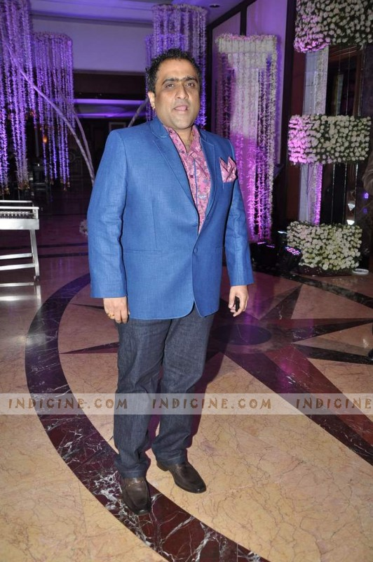 Kunal Ganjawala at Sunidhi Chauhan, Hitesh Sonik wedding ceremony