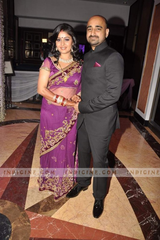 Sunidhi Chauhan, Hitesh Sonik at their wedding ceremony