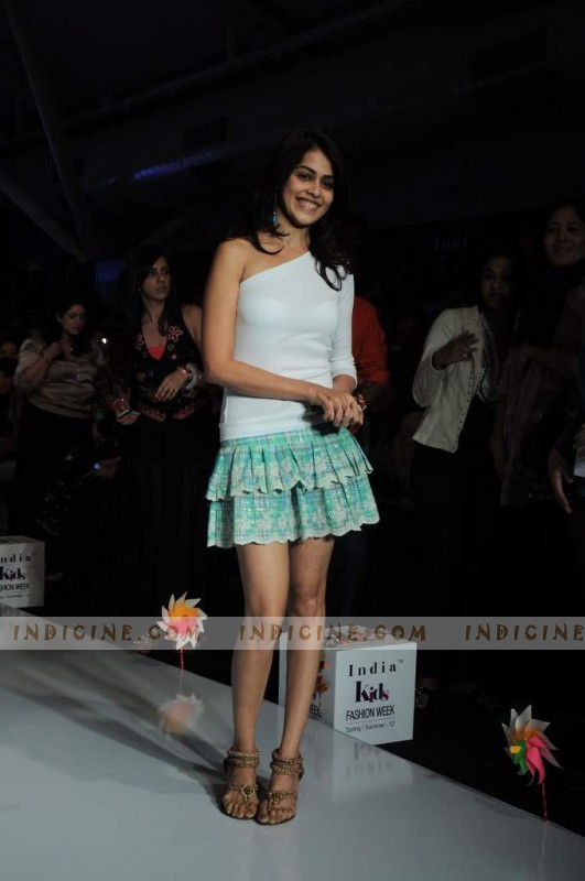 Genelia D'Souza walks at India Kids Fashion Show