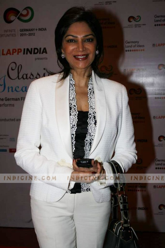 simi garewal show 2015simi garewal 2017, simi garewal net worth, simi garewal 2016, simi garewal biography, simi garewal, simi garewal show, simi garewal rendezvous, simi garewal family, simi garewal show 2015, simi garewal rekha, simi garewal rendezvous rekha, simi garewal aishwarya rai, simi garewal hot, simi garewal interview, simi garewal husband pictures, simi garewal ravi mohan, simi garewal siddhartha