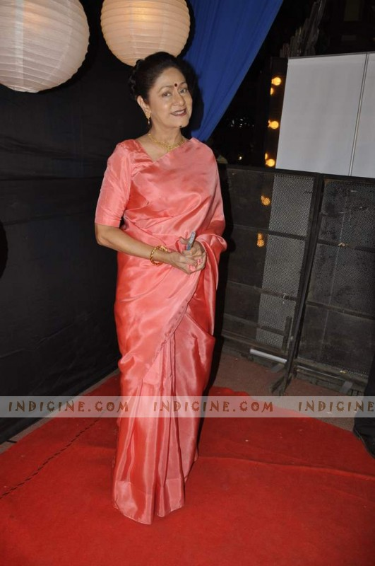 Aruna Irani at Zee Rishtey Awards