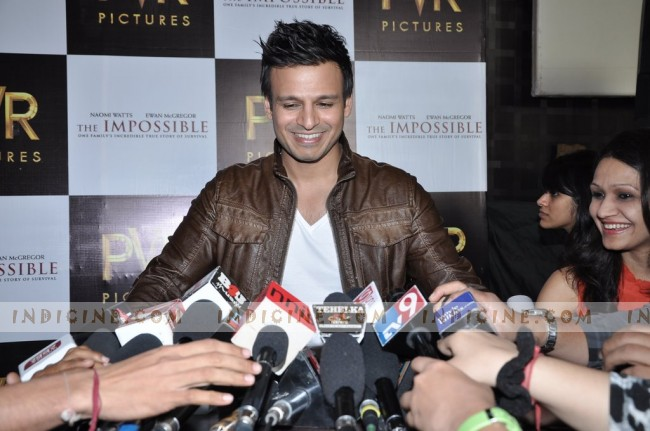Vivek Oberoi - The Impossible press meet