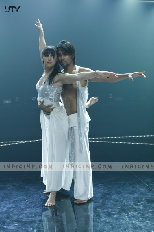 Lauren Gottlieb, Dharmesh Yelande - ABCD Any Body Can Dance