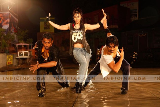 Dharmesh Yelande, Lauren Gottlieb, Salman Yusuf Khan - ABCD Any Body Can Dance