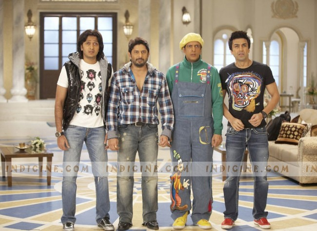 Ritesh Deshmukh, Arshad Warsi, Javed Jaffrey, Aashish Chaudhary - Double Dhamaal