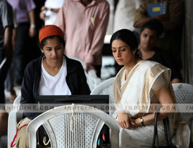 Gauri Shinde, Sridevi on the sets of English Vinglish