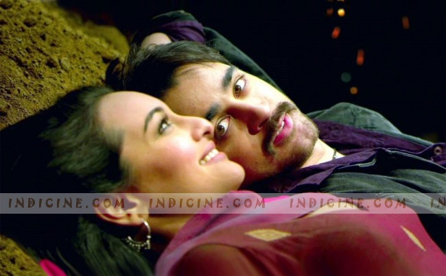 Sonakshi Sinha, Imran Khan - Once Upon A Time In Mumbaai Dobara