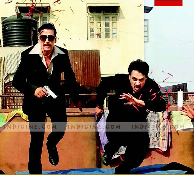 Akshay Kumar, Imran Khan - Once Upon a Time in Mumbai Again