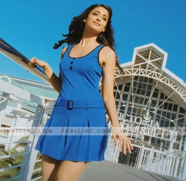 Ileana D'Cruz still from Phata Poster Nikla Hero