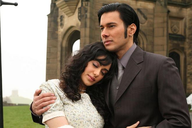 1920 Movie Picture - Adah Sharma and Rajneesh Duggal