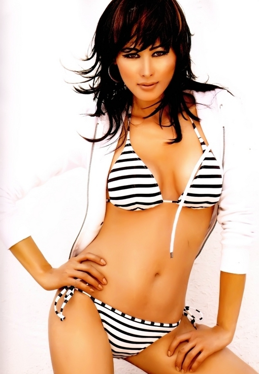 Shruti Agarwal in a Bikini