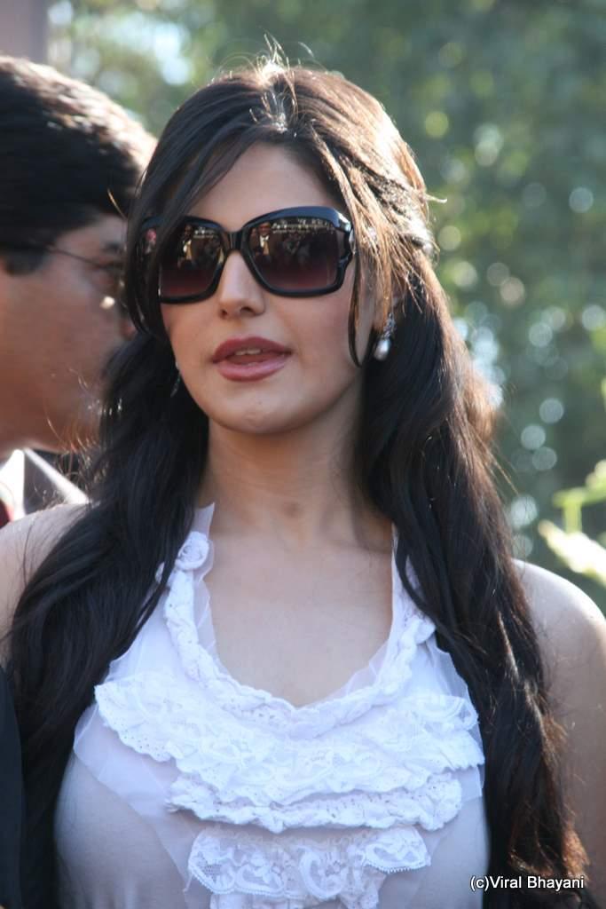 Veer Race Pics: Salman Khan promotes Veer