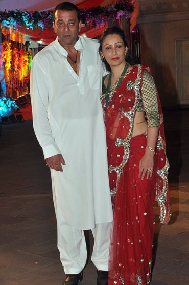 Sanjay Dutt and Manyata Dutt at their Mata Ki Chowki
