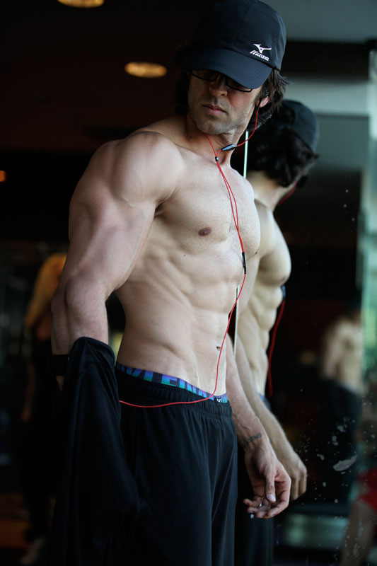 Hrithik Roshan stunning look for Krrish 3