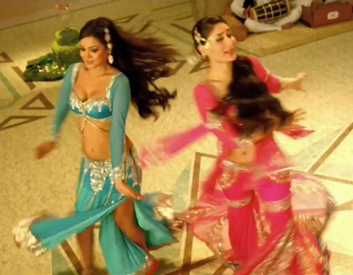 Maryam Zakaria, Kareena Kapoor - mujra song from Agent Vinod