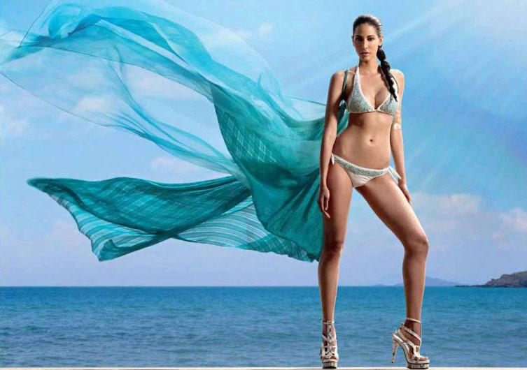 Mallika Haydon     2012 Kingfisher model debuting in Agent VinodMallika Haydon Agent Vinod