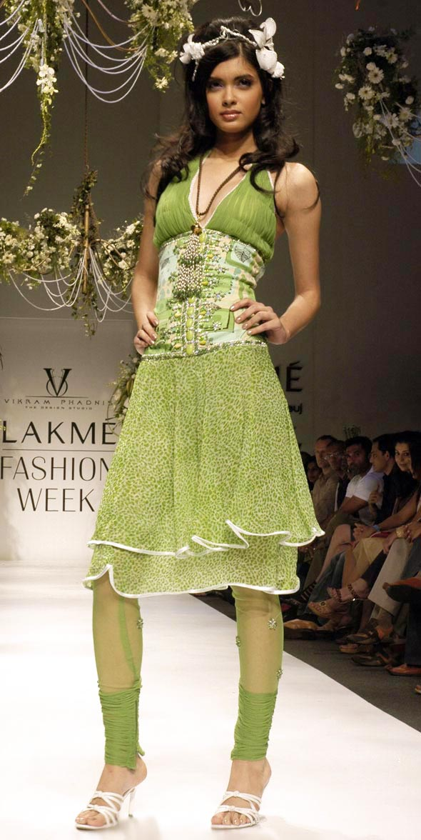 Diana Penty walks for lakme fashion show