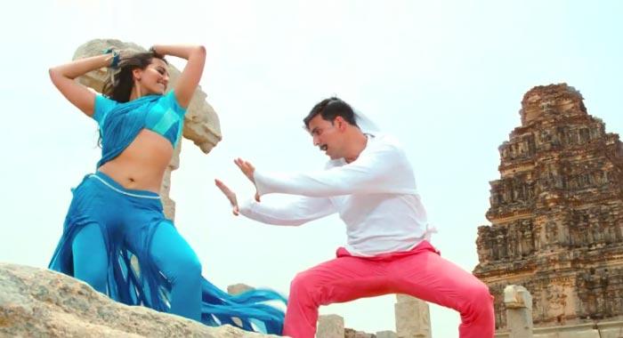 Akshay and Sonakshi Dhadang Dhadang song still from Rowdy Rathore