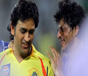 SRK with Dhoni
