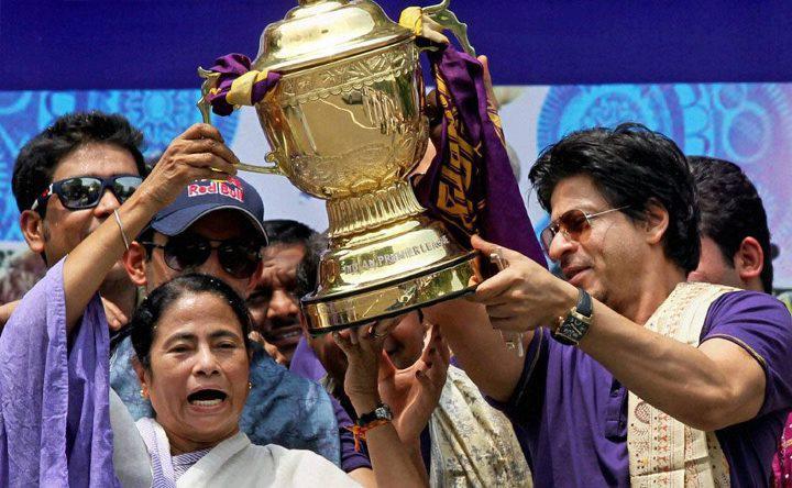 SRK at KKR Parade at E...