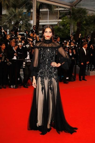 Sonam Kapoor at Therese Desqueyroux premiere of Cannes 2012