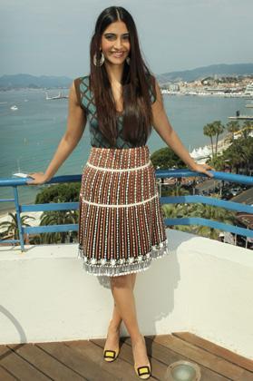 Sonam Kapoor Loreal press meet at Cannes 2012