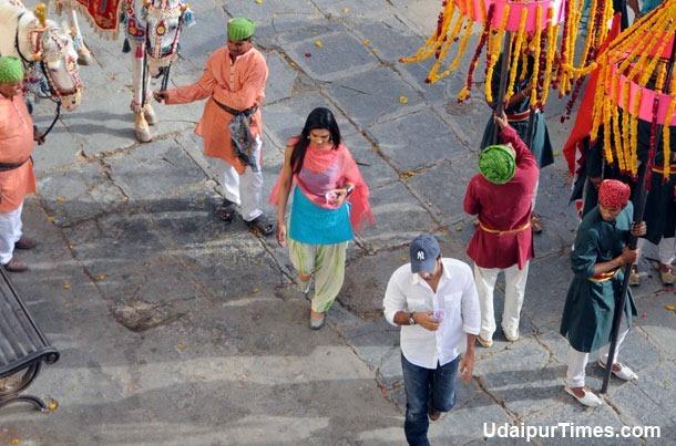 Ranbir Kapoor, Deepika Yeh Jawani Hai Deewani shoot in Gangaur Ghat