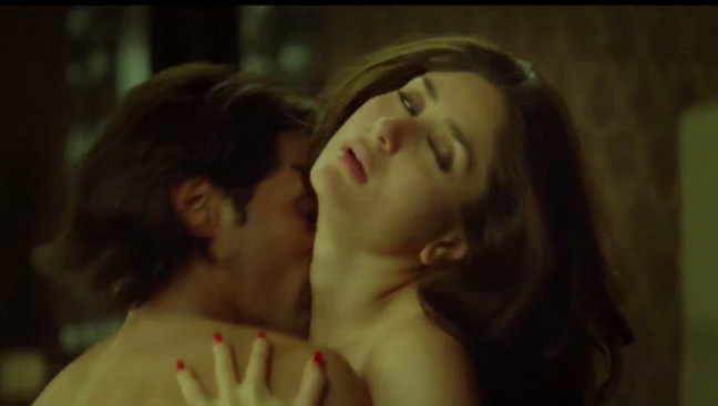 Kareena Kapoor with Arjun Rampal - Heroine