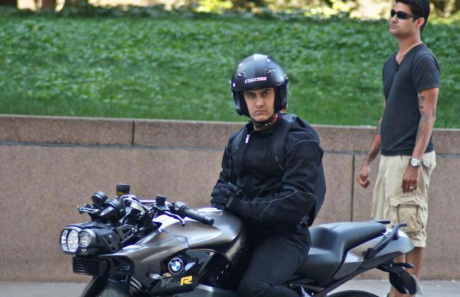 Pics  Aamir Khan in Dhoom 3Aamir Khan In Dhoom 3 Sets
