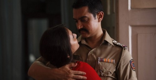 Talaash 500x256 Talaash Movie Review