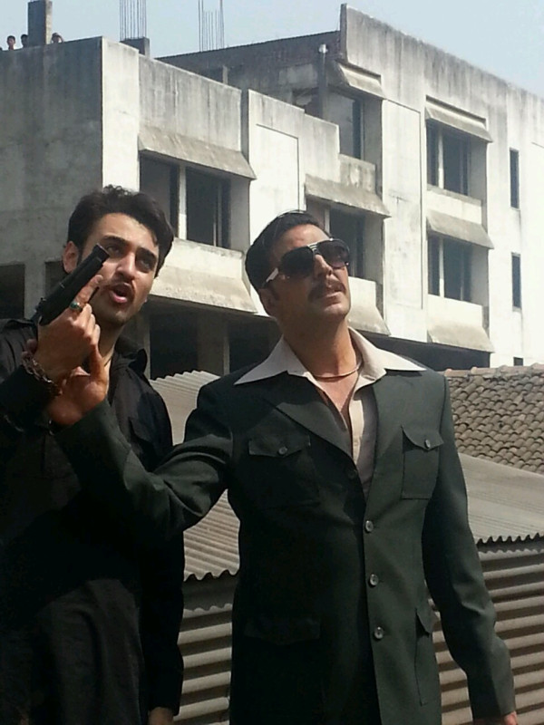 Akshay, Imran on the sets of Once Upon A Time In Mumbaai 2
