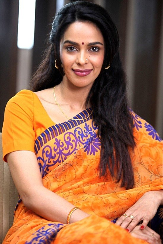 Mallika Sherawat Dirty Politics Photo