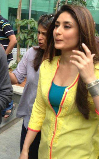 Kareena Kapoor on the sets of Gori Tere Pyaar Mein