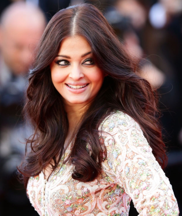 Aishwarya Rai's stunning look at the Cannes 2013 Red Carpet