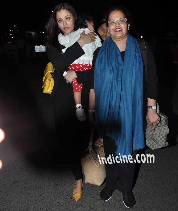 Aishwarya with daughter Aaradhya and mother Vrinda Rai