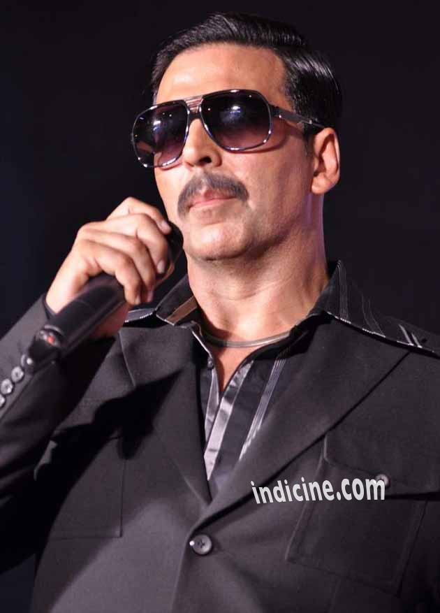 Akshay Kumar at First look and trailer launch of Once Upon A Time In Mumbaai Again