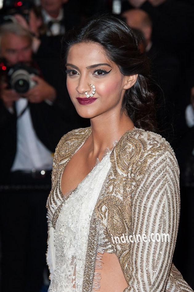 Sonam Kapoor - Cannes 2013 Picture