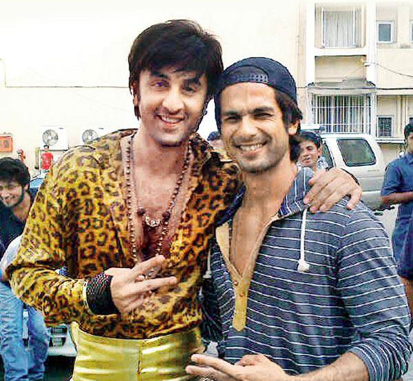 Ranbir Kapoor with Shahid Kapoor  On the sets of Besharam Ranbir Kapoor And Shahid Kapoor