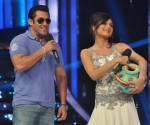 Salman Khan with Drashti Dhami