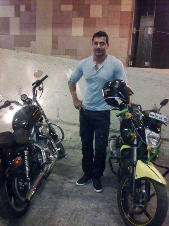 John Abraham Welcome Back on location