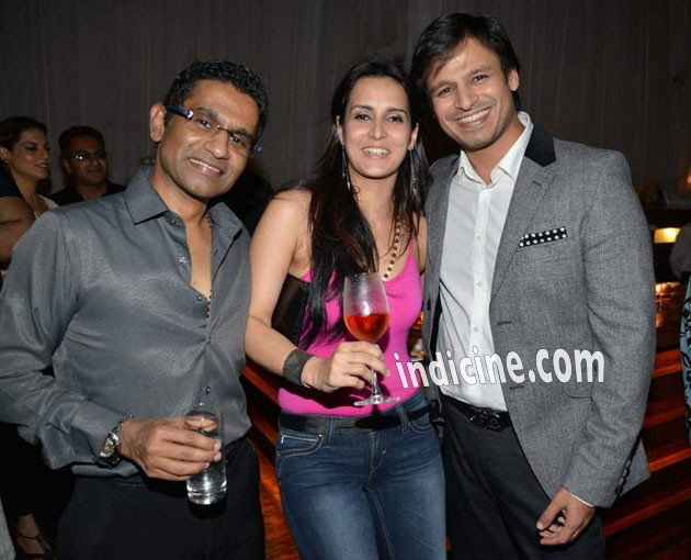 Vivek Oberoi Height Weight Age Wiki Wife Family